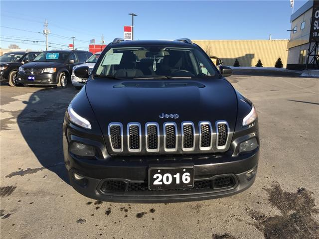 2016 Jeep Cherokee North (Stk: 19002) in Sudbury - Image 2 of 15