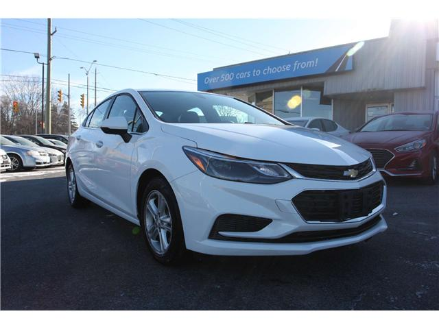 2018 Chevrolet Cruze LT Auto (Stk: 190005) in Kingston - Image 1 of 13
