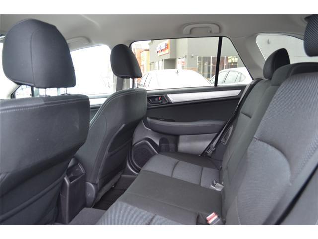 2017 Subaru Outback 2.5i (Stk: Z1441) in St.Catharines - Image 13 of 27