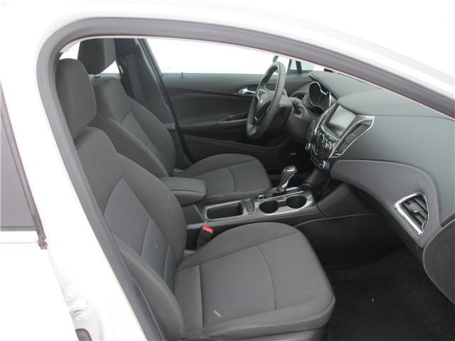 2018 Chevrolet Cruze LT Auto (Stk: 182142) in Richmond - Image 10 of 14