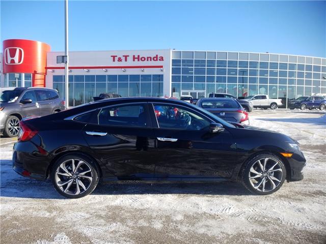 2019 Honda Civic Touring (Stk: 2190436) in Calgary - Image 2 of 9