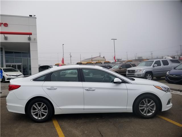 2017 Hyundai Sonata  (Stk: U184412) in Calgary - Image 2 of 28