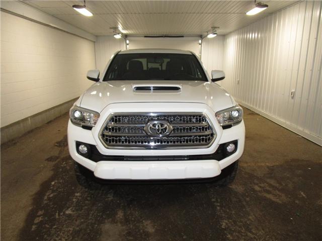 2016 Toyota Tacoma SR5 (Stk: 1811061) in Regina - Image 2 of 31