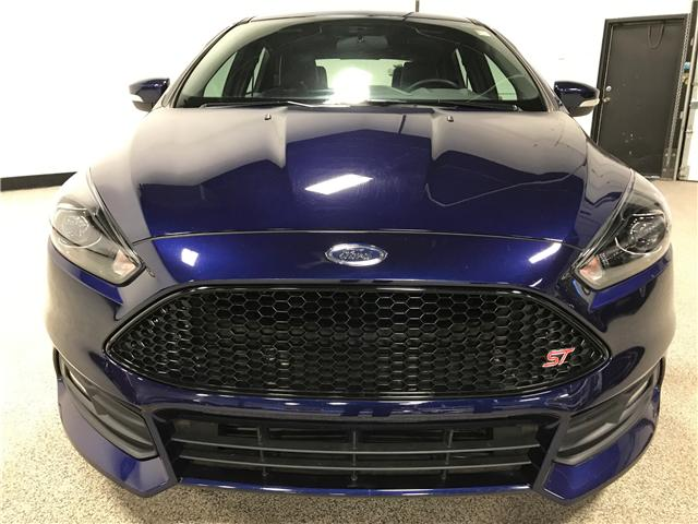 2016 Ford Focus ST  (Stk: A11884) in Calgary - Image 2 of 20