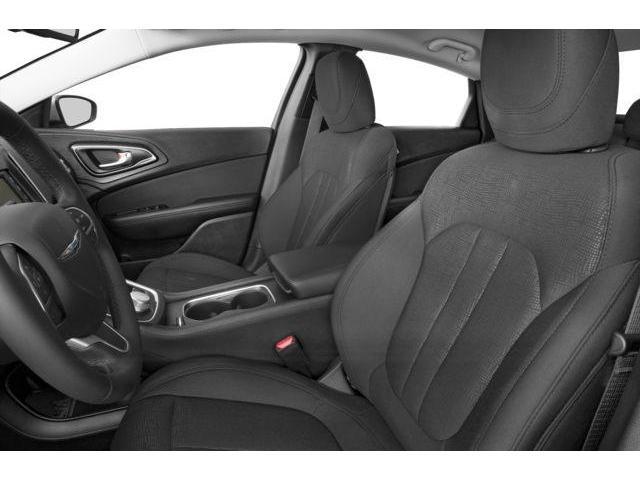 2017 Chrysler 200 LX (Stk: HN509790) in Mississauga - Image 6 of 9