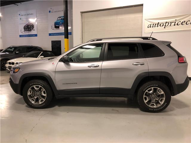 2019 Jeep Cherokee Trailhawk (Stk: D0013) in Mississauga - Image 4 of 27