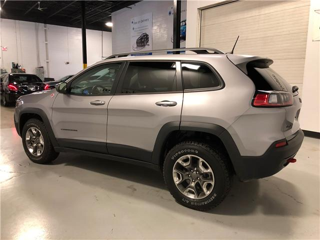 2019 Jeep Cherokee Trailhawk (Stk: D0013) in Mississauga - Image 5 of 27
