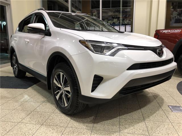 2018 Toyota RAV4 LE (Stk: 180302) in Cochrane - Image 3 of 17