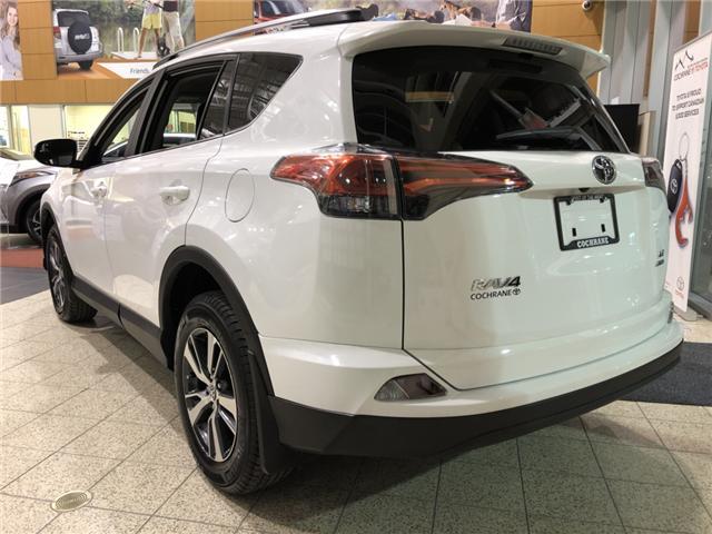 2018 Toyota RAV4 LE (Stk: 180302) in Cochrane - Image 6 of 17