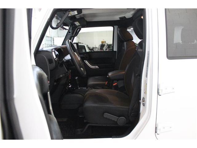 2017 Jeep Wrangler Unlimited Sahara (Stk: 668140) in Vaughan - Image 14 of 28