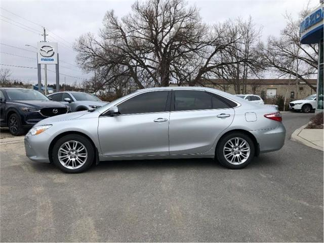 2015 Toyota Camry LE (Stk: 18039A) in Cobourg - Image 2 of 21