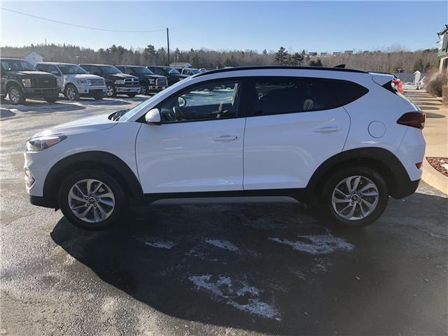 2018 Hyundai Tucson SE 2.0L (Stk: 10232) in Lower Sackville - Image 2 of 23