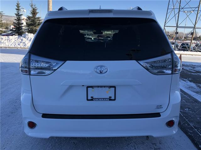2019 Toyota Sienna SE 7-Passenger (Stk: 190033) in Cochrane - Image 10 of 19