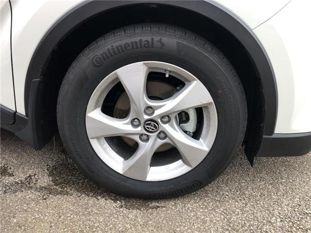 2019 Toyota C-HR XLE (Stk: 190014) in Burlington - Image 4 of 5