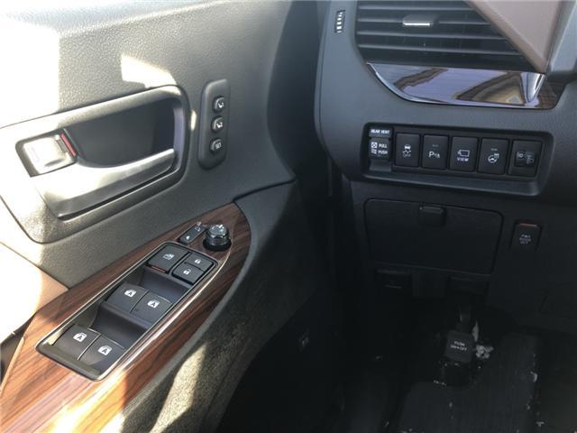 2018 Toyota Sienna XLE 7-Passenger (Stk: 180250) in Cochrane - Image 10 of 20