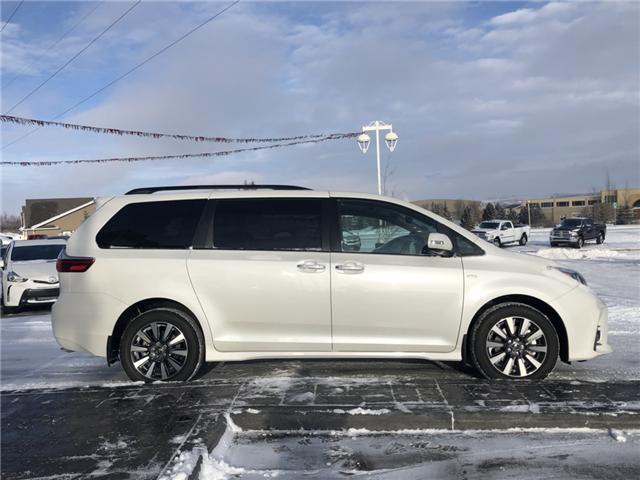 2018 Toyota Sienna XLE 7-Passenger (Stk: 180250) in Cochrane - Image 4 of 20