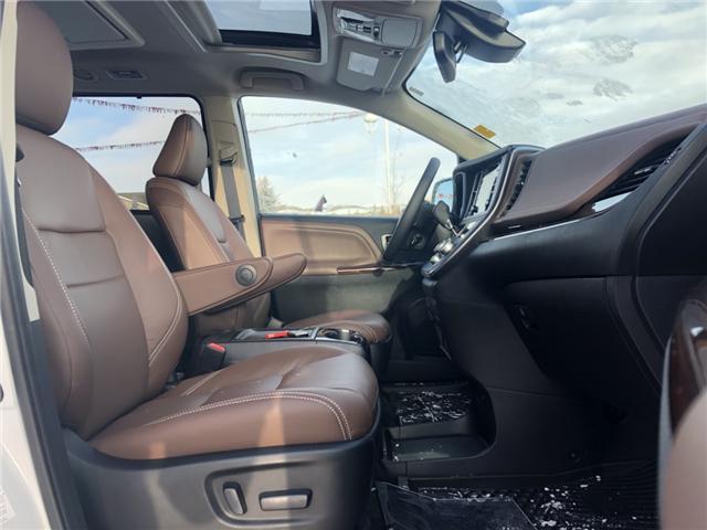 2018 Toyota Sienna XLE 7-Passenger (Stk: 180250) in Cochrane - Image 14 of 20