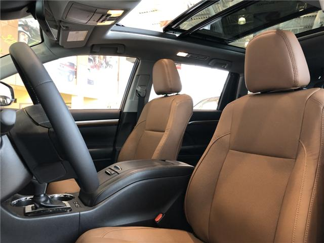 2019 Toyota Highlander Limited (Stk: 190038) in Cochrane - Image 3 of 18