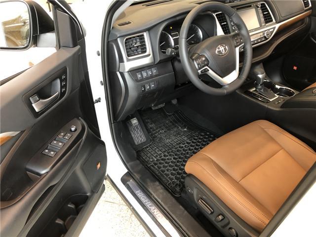 2019 Toyota Highlander Limited (Stk: 190038) in Cochrane - Image 4 of 18