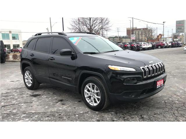 2018 Jeep Cherokee Sport (Stk: 19705A) in Windsor - Image 2 of 11