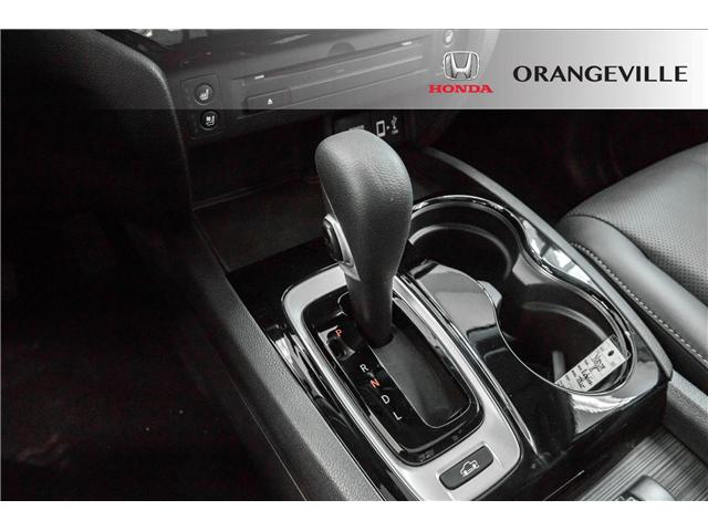 2018 Honda Ridgeline Touring (Stk: Y18028) in Orangeville - Image 13 of 19