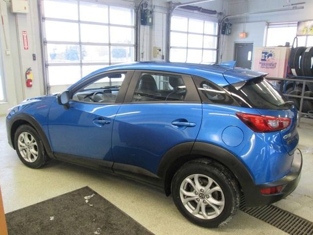2016 Mazda CX-3 GS (Stk: 204521) in Gloucester - Image 2 of 20