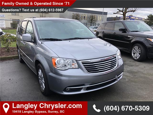 2016 Chrysler Town & Country Touring (Stk: EE900630) in Surrey - Image 1 of 1