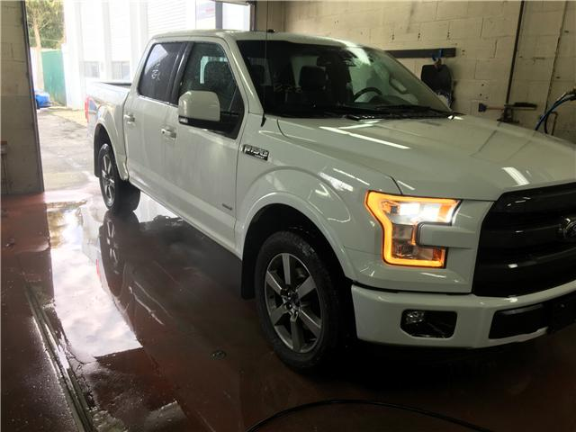 2017 Ford F-150 Lariat (Stk: P70734) in Surrey - Image 1 of 1