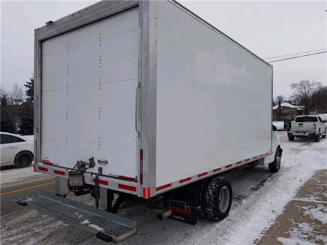 2017 Chevrolet 4500 BOX TRUCK (Stk: 002126) in Cambridge - Image 4 of 12