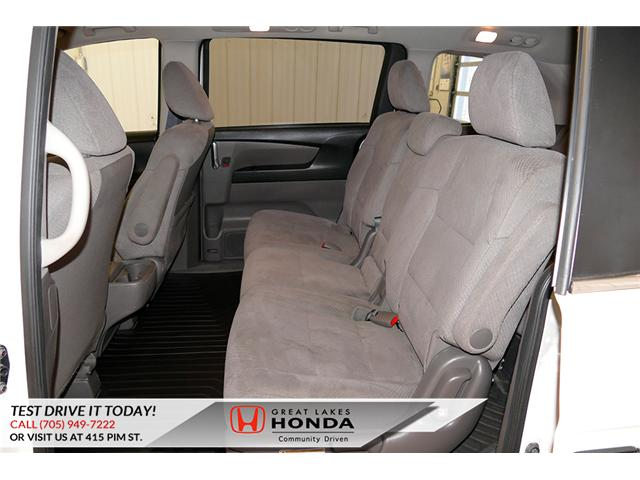 2016 Honda Odyssey SE (Stk: H6200A) in Sault Ste. Marie - Image 11 of 22
