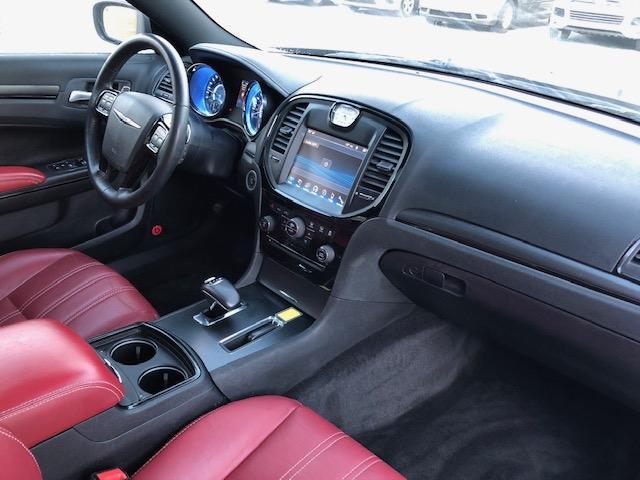 2012 Chrysler 300 S V6 (Stk: 1114) in Halifax - Image 21 of 23