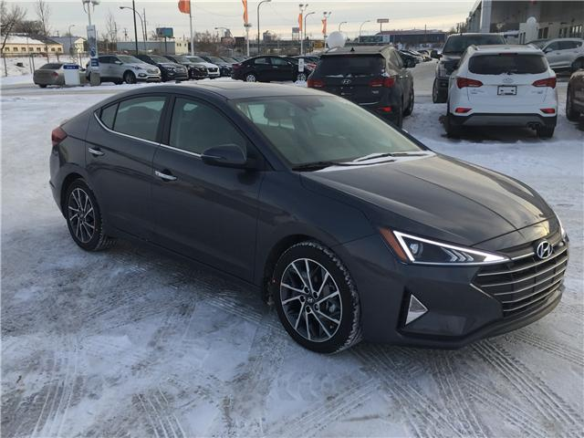 2019 Hyundai Elantra Luxury (Stk: 39098) in Saskatoon - Image 1 of 24