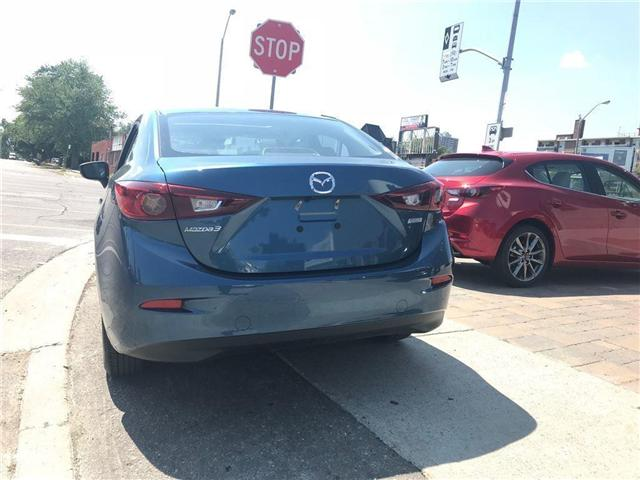 2018 Mazda Mazda3 GS (Stk: DEMO78256) in Toronto - Image 4 of 10