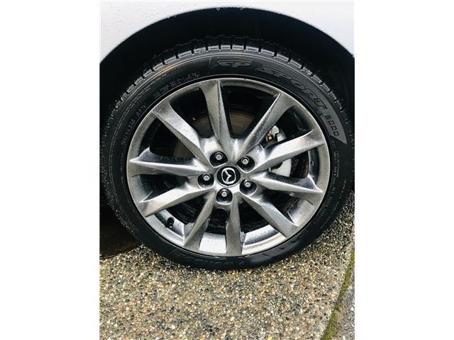 2018 Mazda Mazda3 GT (Stk: LF009520) in Surrey - Image 28 of 30