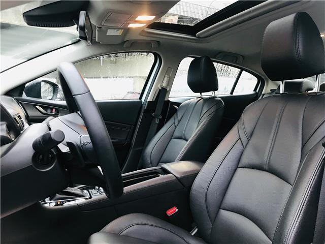 2018 Mazda Mazda3 GT (Stk: LF009520) in Surrey - Image 13 of 30