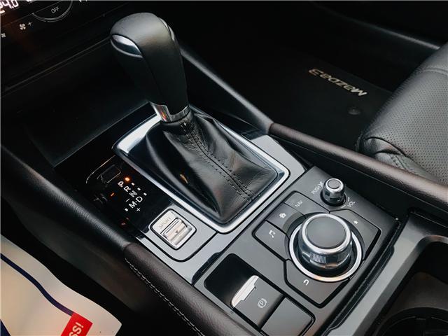 2018 Mazda Mazda3 GT (Stk: LF009520) in Surrey - Image 23 of 30