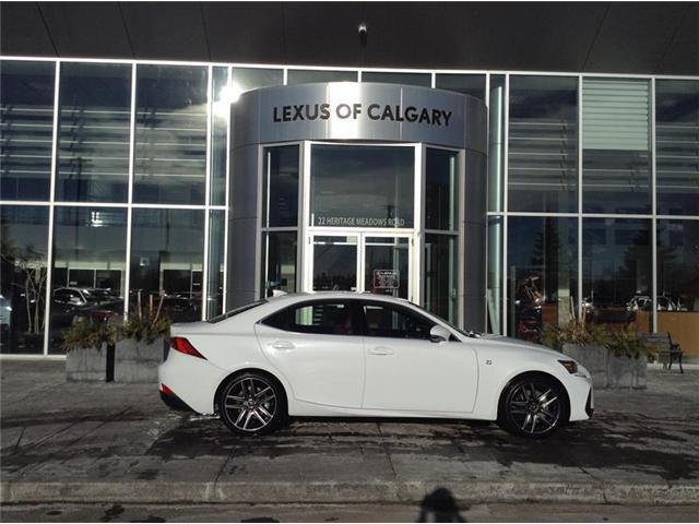 2019 Lexus IS 300 Base (Stk: 190182) in Calgary - Image 1 of 8