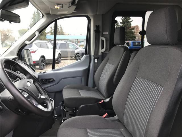 2017 Ford Transit-350 XLT (Stk: 8U025) in Wilkie - Image 5 of 25