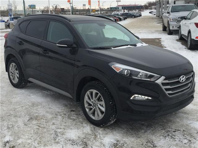 2018 Hyundai Tucson SE 2.0L (Stk: 38252) in Saskatoon - Image 1 of 25