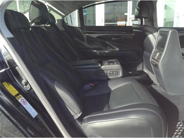 2015 Lexus LS 460 L (Stk: 190254A) in Calgary - Image 8 of 12