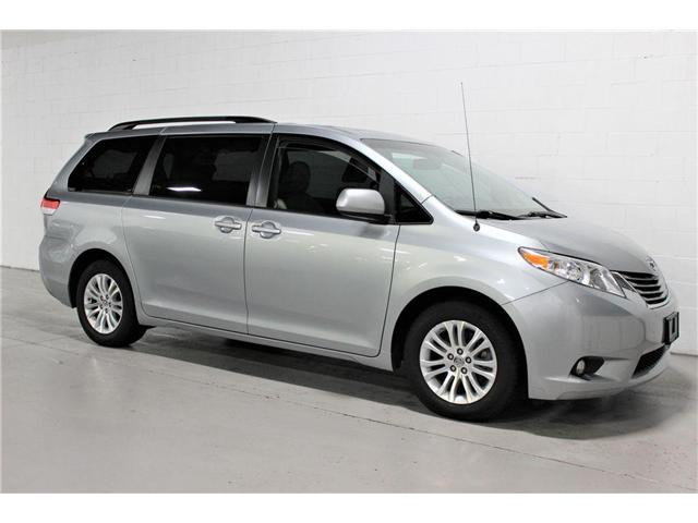 2013 Toyota Sienna  (Stk: 398368) in Vaughan - Image 1 of 30
