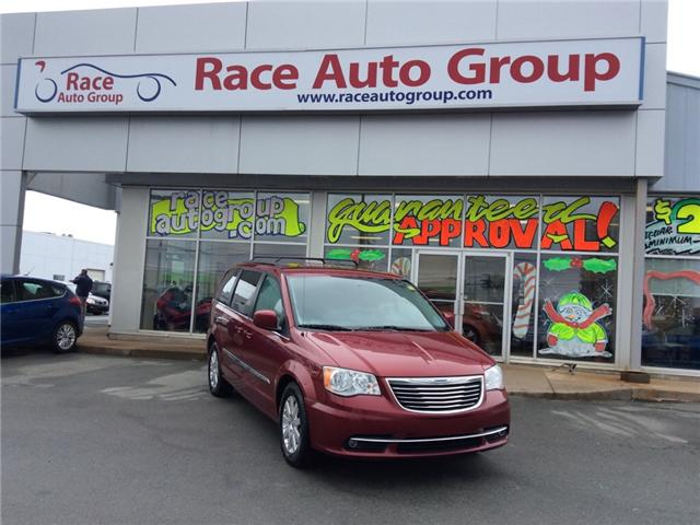 2014 Chrysler Town & Country Touring (Stk: 16367A) in Dartmouth - Image 1 of 23