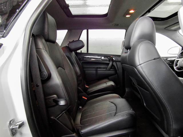2017 Buick Enclave Leather (Stk: P9-51210) in Burnaby - Image 17 of 24