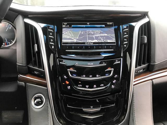 2018 Cadillac Escalade ESV Luxury (Stk: 971620) in North Vancouver - Image 21 of 26