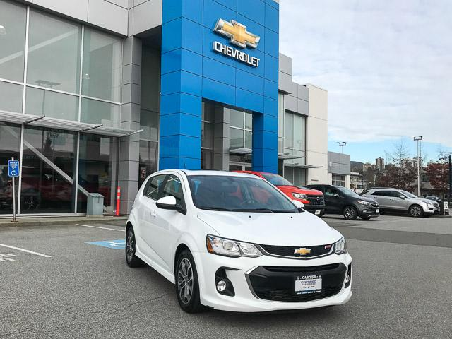 2017 Chevrolet Sonic LT Auto (Stk: 971950) in North Vancouver - Image 2 of 26