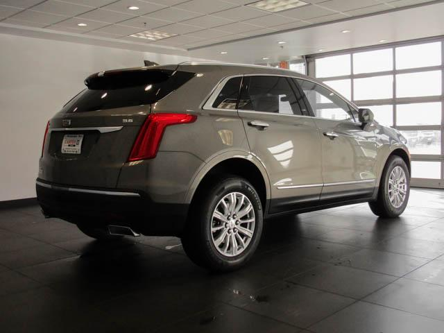 2019 Cadillac XT5 Base (Stk: C9-09500) in Burnaby - Image 4 of 23