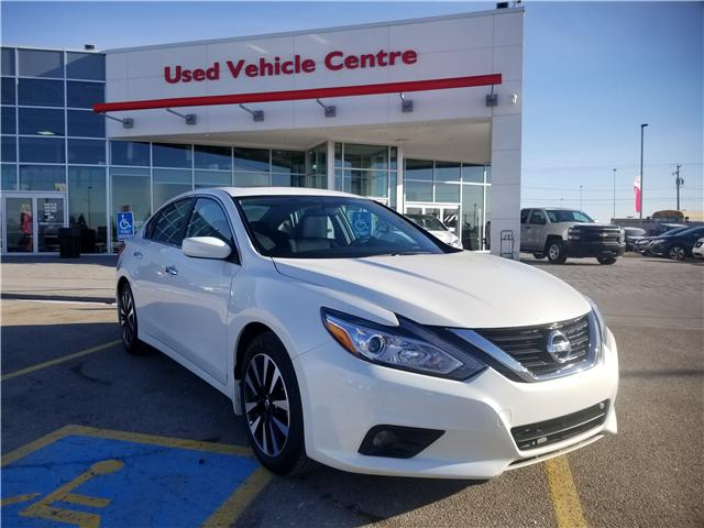 2018 Nissan Altima 2.5 SV (Stk: U194025) in Calgary - Image 1 of 28