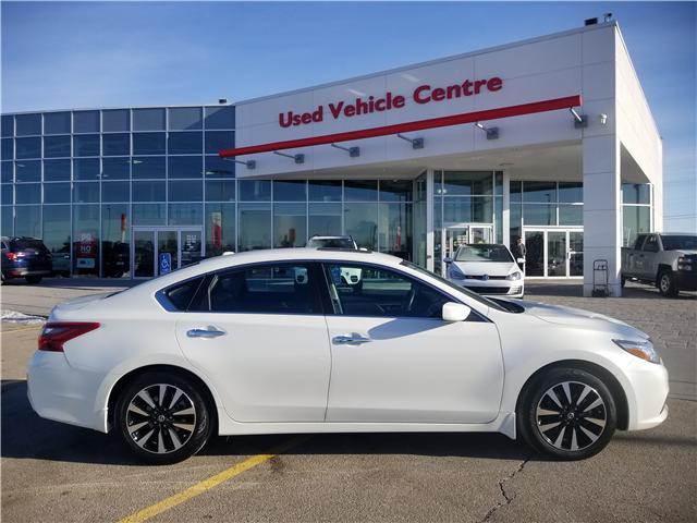 2018 Nissan Altima 2.5 SV (Stk: U194025) in Calgary - Image 2 of 28