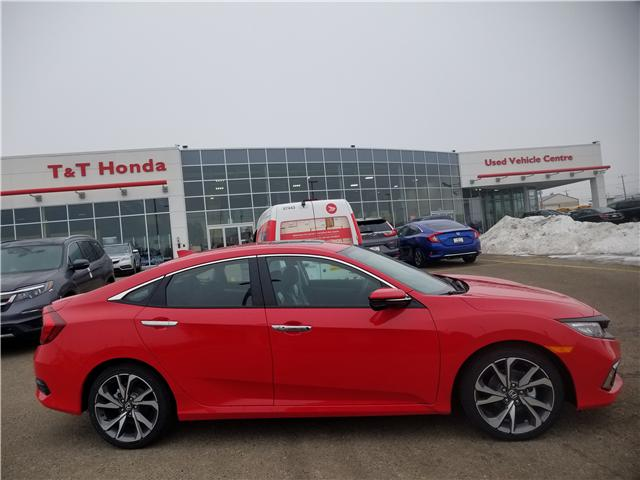 2019 Honda Civic Touring (Stk: 2190486) in Calgary - Image 2 of 9