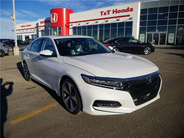 2019 Honda Accord Touring 2.0T (Stk: 2190515) in Calgary - Image 1 of 9